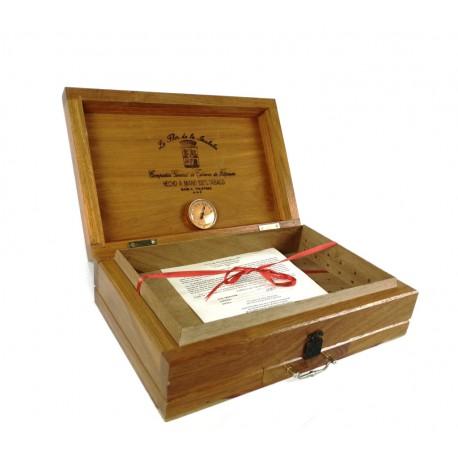Caja humidificadora de puros