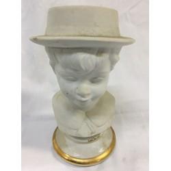 PORCELANAS JANDO - Busto niño con sombrero.
