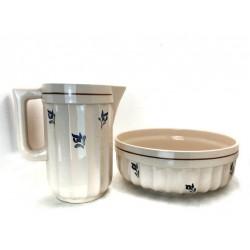 Jarra y cuenco de cerámica
